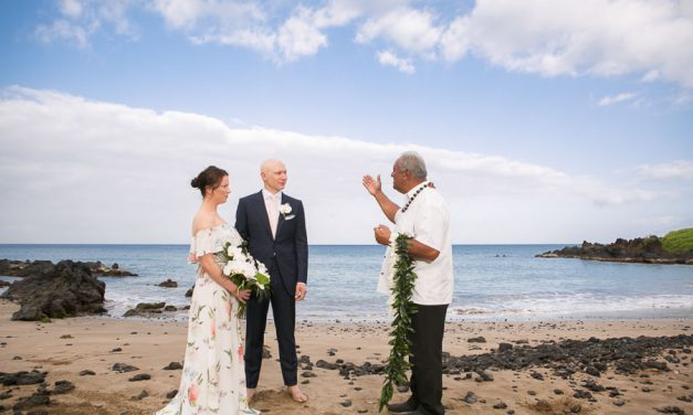 Spring Elopement on Maui