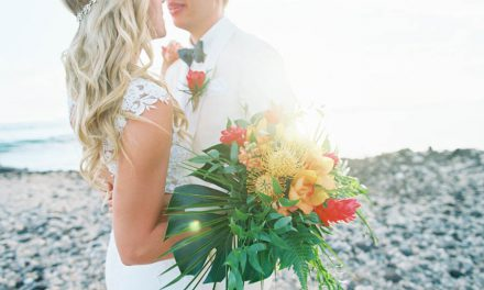Bright + Bold Tropical Wedding at the Olowalu Plantation House
