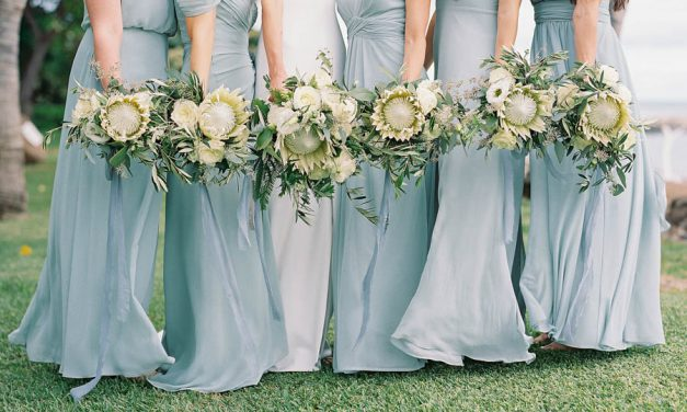 Easy Ways to Incorporate Pantone Classic Blue Into Your Wedding