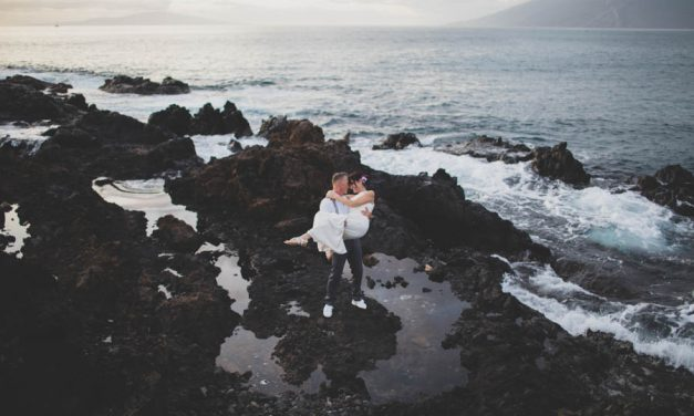 Intimate Maui Elopement at the Kukahiko Estate