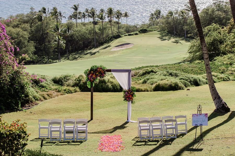 Tropical Spring Wedding on Maui